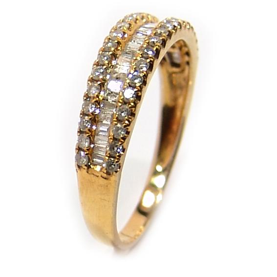 Meia aliança de brilhantes em ouro amarelo 18k Diamante na Lorenzo Jóias 79fb9b0cc6
